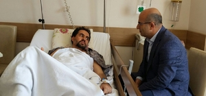 Vali Demirtaş'tan saldırıya uğrayan müdür yardımcısına ziyaret