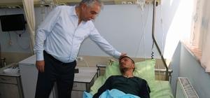 Vali Toprak yaralı asker ve güvenlik korucuları ziyaret etti