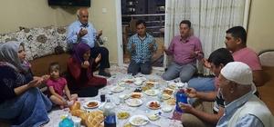 AK Parti'liler vatandaşın iftar sofrasına konuk oluyor