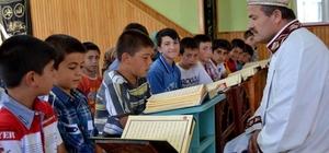 Yazıhüyük Kasabasında yaz Kuran kursları 500 öğrenci ile başladı