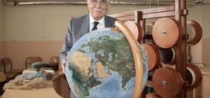 """Dünya haritası """"küre""""ye dokundu"""