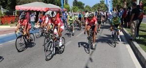 Manavgat'ta bisiklet yarışı nefesleri kesti