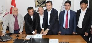 Uğurludağ'da kentsel dönüşüm için imzalar atıldı