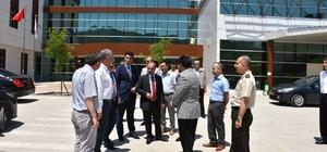 Vali Aktaş Yenice Devlet Hastanesini ziyaret etti