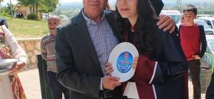 TEOG şampiyonları madalyalarını Başkan Acar'dan aldı