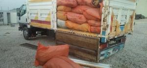 Başkale'de 2 ton kaçak tütün ele geçirildi