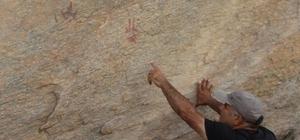 Madran Dağı'nda prehistorik kaya resimleri bulundu