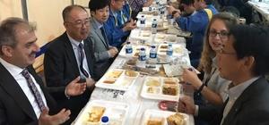 Japonlar iftar sofrasında