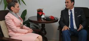 Başkan Dündar Kosova'da temaslarda bulundu