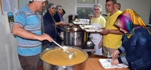 Şehit Aybüke öğretmen adına köyünde iftar verildi