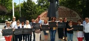 CHP'lilerden 'Berbereoğlu' eylemi