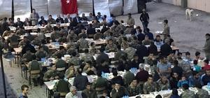 Yedisu'da asker ile halk birlikte iftar yaptı
