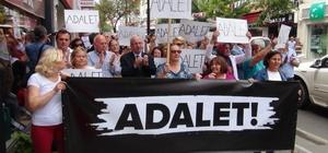 CHP'liler Berberoğlu'nun tutuklanmasını protesto etti
