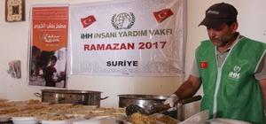 Suriye'deki Türkmenlere iftar