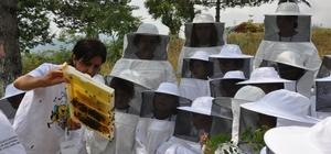 Arı biziz bal da bizdedir projesi 6 yaşında
