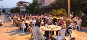 Başkan Şahin mahalle iftarlarında vatandaşlarla bir araya geldi