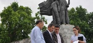 28 Yıl aradan sonra Atatürk Anıtı'nın çevresi yenileniyor