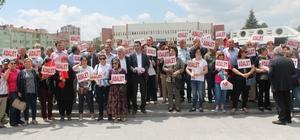 CHP'liler Ömer Halisdemir Meydanında toplandı