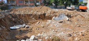 Milas'ta temel kazısında tarihi kalıntılar çıktı