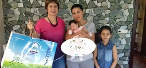 Söke Belediyesinin  'Hoş Geldin Bebek' projesi ilgi görmeye devam ediyor