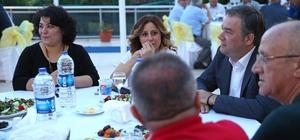Başkan Piriştina muhtar ve meclis üyeleriyle iftarda buluştu