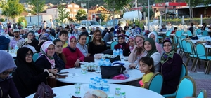 """Osmaneli Belediyesi bu yılda """"toplu iftar yemeği"""" geleneğini devam etti"""