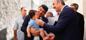 Başka Fadıloğlu'ndan 7 aileye evinde ziyaret