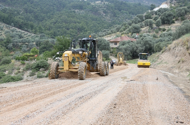Arapapıştı Kanyonu yolunu yeniliyor