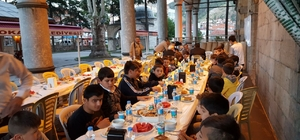 Camide iftar yemeği