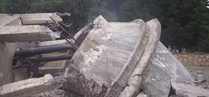 Akçakoca'da asırlık su deposu yıkıldı