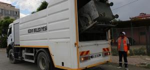 Çöp konteyneri yıkama ve dezenfekte aracı