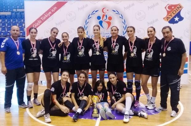 Muratpaşa'nın Gençleri Türkiye şampiyonu