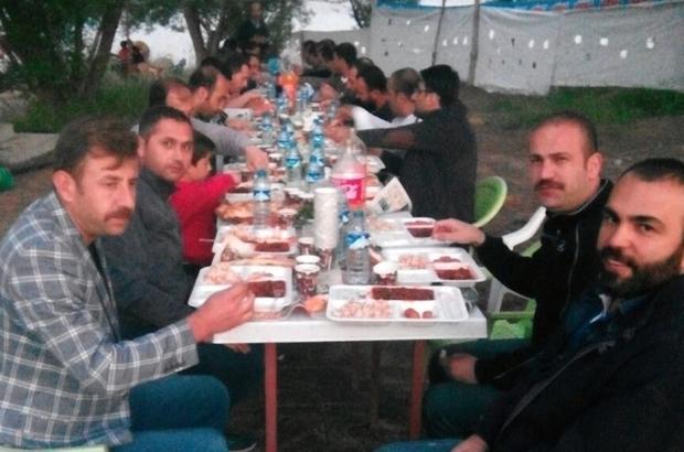 Bitlis Anadolu Lisesi mezunları Adilcevaz'da iftar açtı