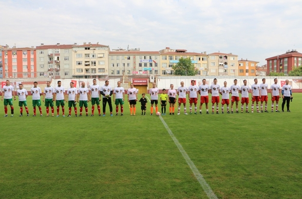 Kartal Belediyesi'nin ev sahipliğinde Türk-Bulgar dostluk maçı