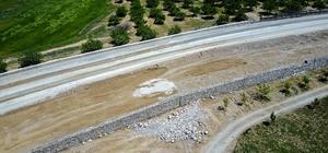 Büyükşehir Belediyesi sel ve toprak kaymasına karşı önlem alıyor