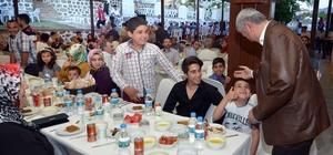 Başkan Polat belediye çalışanları ile iftarda bir araya geldi