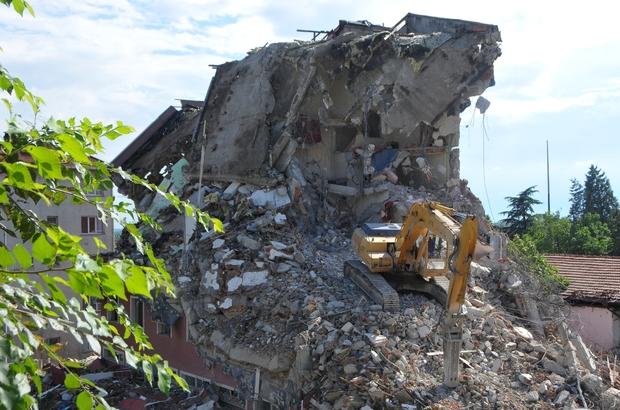 Edirne Öğretmenevi binası yıkıldı
