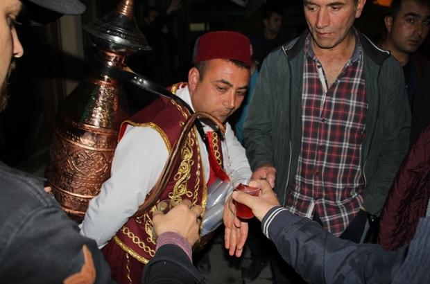Bayburt Belediyesi'nden Osmanlı şerbeti ikramı