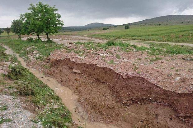 Aslanapa'da aşırı yağış