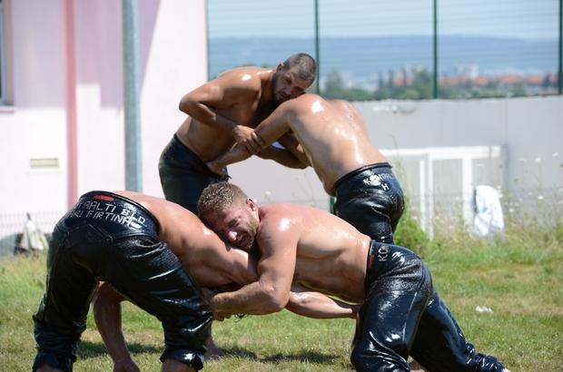 Konyaaltı'nın güreşçileri Kırkpınar'a hazırlanıyor