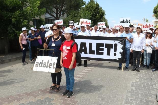 """İzmir CHP'nin """"Adalet Yürüyüşü"""" Akhisar'da"""