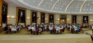 Belediye Başkanı Çakır ilçe belediye başkanları ile iftarda bir araya geldi