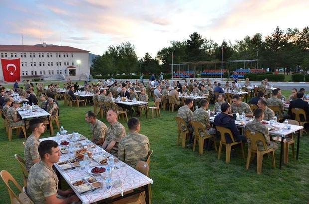 Vali Arslantaş, İl jandarma komutanlığı iftarına katıldı