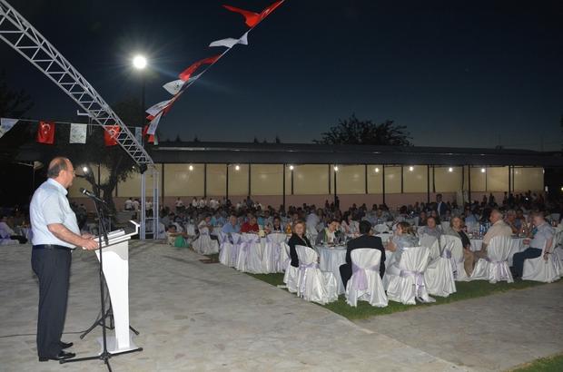 Efeler Belediye personeli iftar yemeğinde bir araya geldi
