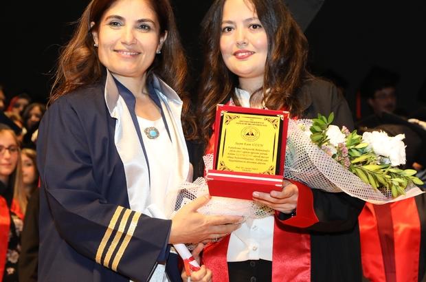 ERÜ Sağlık Bilimleri Fakültesi yeni mezunlarını verdi