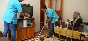 Buca'da ihtiyaç sahiplerine bayram temizliği