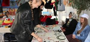 Kadınlar el emeği göz nuru ürünlerle ekonomilerine katkı sağlıyor