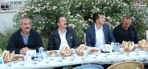 Adilcevaz'da güvenlik güçleri ve muhtarlara iftar yemeği verildi