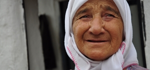 ilas'ta  70'lik ninenin yaşam mücadelesi