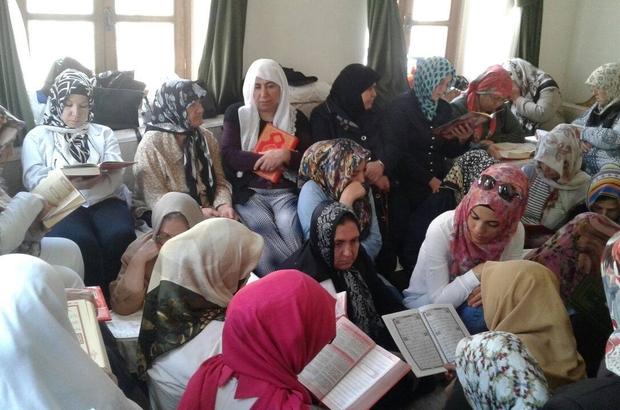 Belediye konaklarında Kur'an-ı Kerim tilaveti